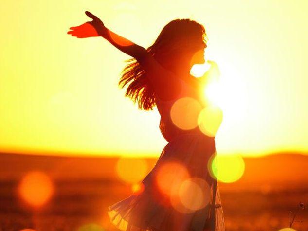Glück gilt als etwas, das kommt und auch wieder vergeht. Anders ist es mit der Zufriedenheit. Sie ist wohl mehr eine Art Zustand, in dem der Mensch feststellt, dass seine Wirklichkeit in etwa seinen Vorstellungen vom Leben entspricht. Fotolia